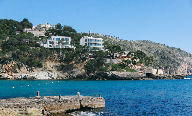 Holiday Villas in Camp de Mar