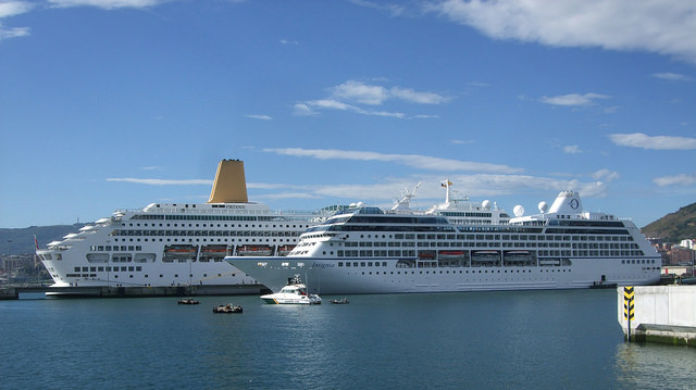 Oriana and Insignia at Getxo
