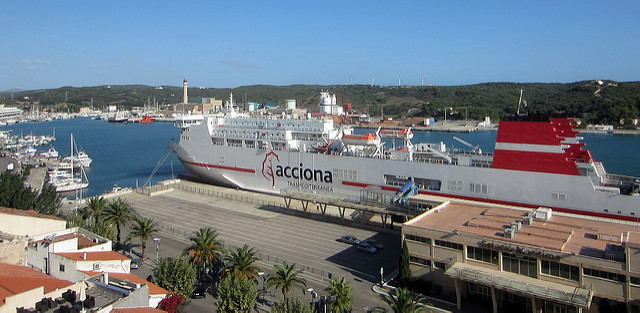 Ferry in Mahon Harbour